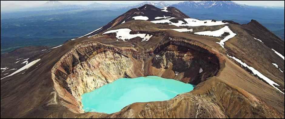 1449930562_vulkan-malyy-semyachik-i-troickoe-ozero