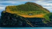 Домик на краю земли. Исландия, архипелаг Вестманнаэйар.
