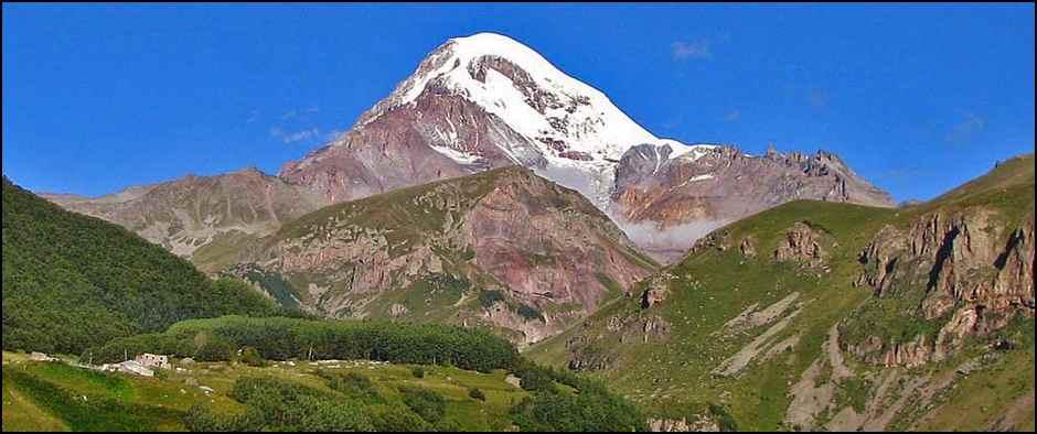 Летим на Кавказ в праздники! Стоимость 20900 рублей.