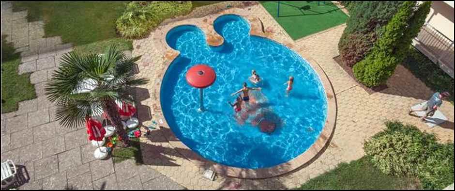 f_Kid%60s pool_f_1