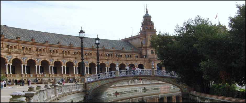 plaza-de-espana-en-sevilla