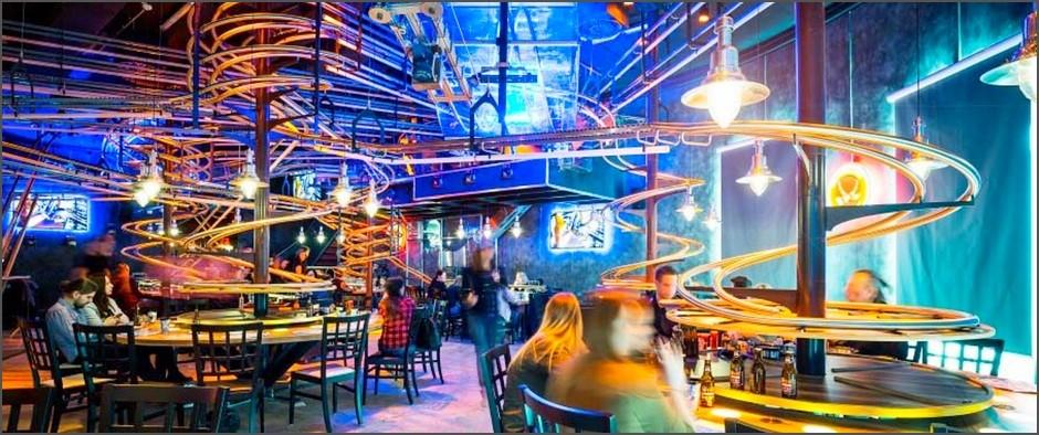 В России появится первый ресторан с «американскими горками»